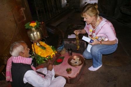 Puja (viering) in de Shiva tempel