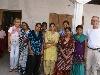 Alle juffen van de school met de Nederlandse bestuursleden Margriet en Rutger