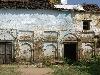 Het oude schoolgebouw: wat een verschil met nu